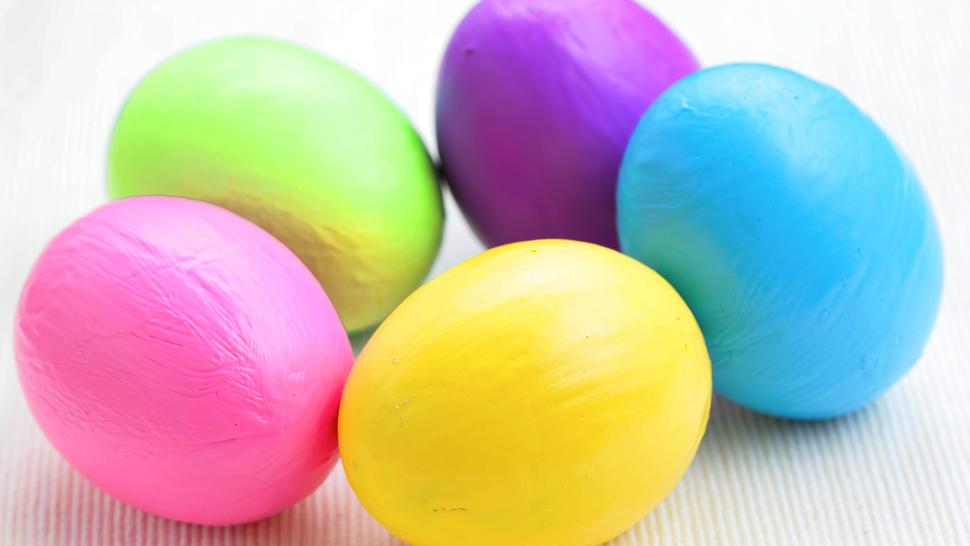 egg pocking